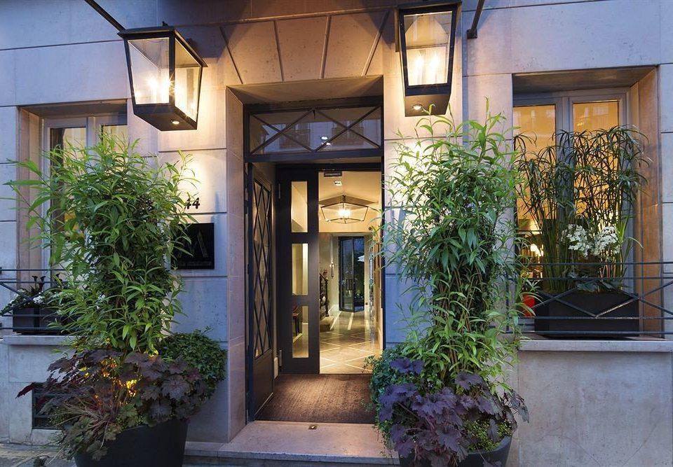 plant property house Courtyard Architecture home condominium Lobby Villa Balcony stone