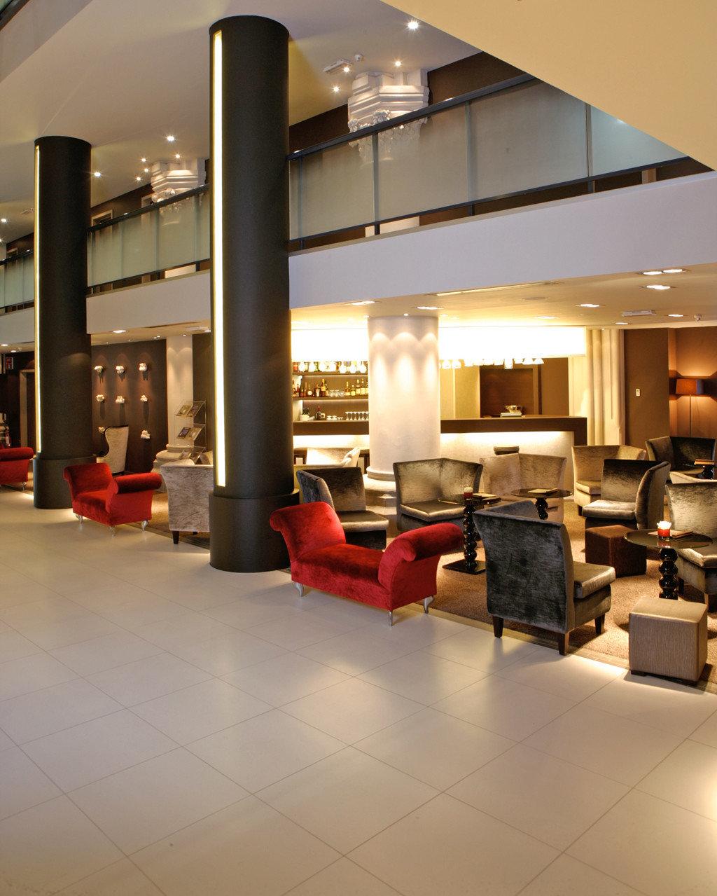 Bar City Cultural Drink Historic Lounge Lobby Architecture living room lighting condominium flooring