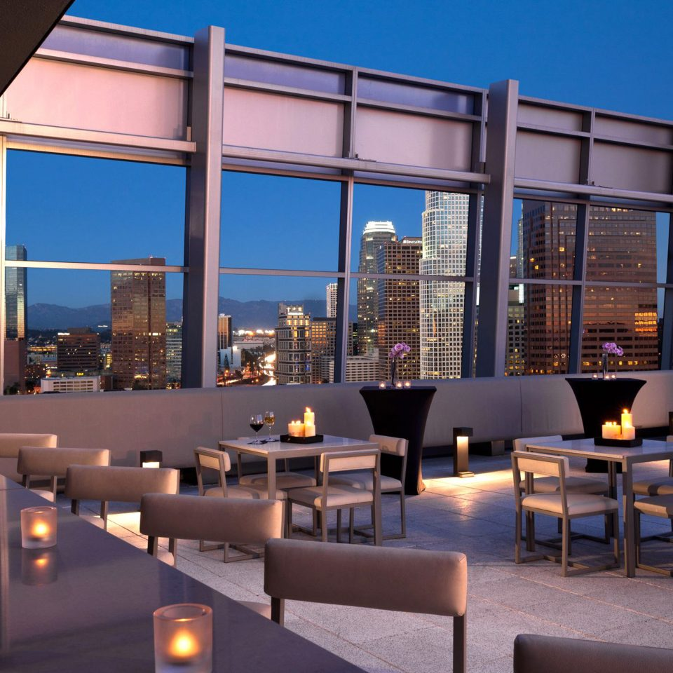 Bar City Drink Eat Elegant Lounge Modern Nightlife Rooftop Scenic views sky Architecture plaza headquarters convention center overlooking
