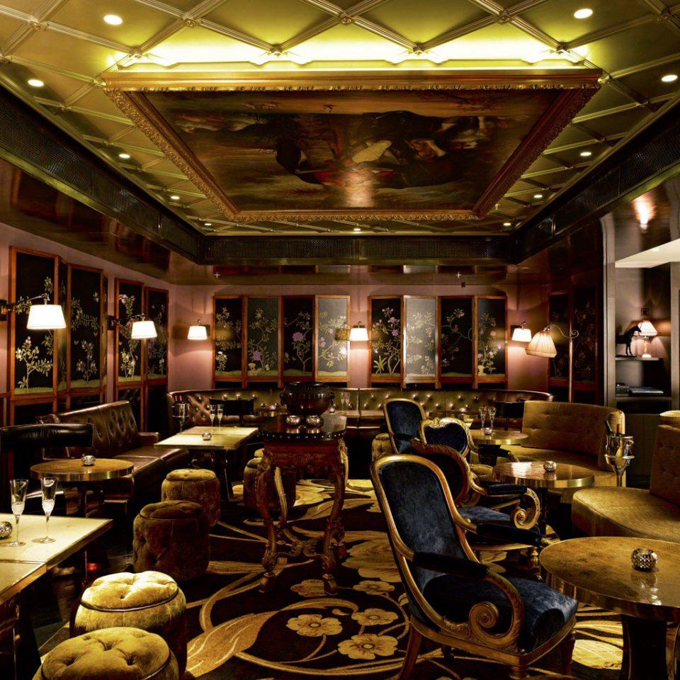 Architecture Cultural Elegant Historic Luxury Monuments Lobby building function hall restaurant café ballroom convention center Bar