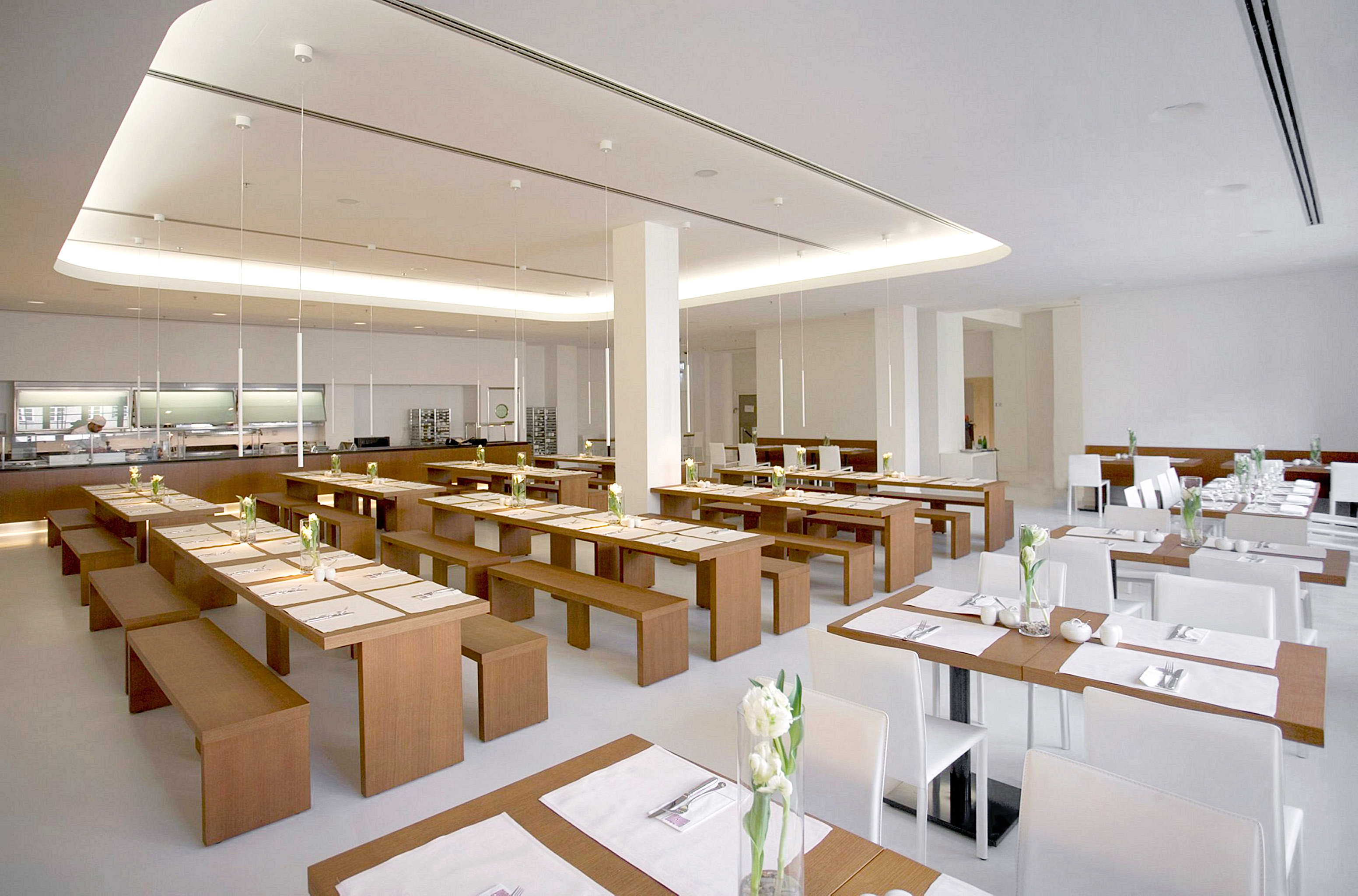Bar Dining Drink Eat Hip Luxury Modern restaurant Architecture cafeteria lighting function hall conference hall convention center counter long
