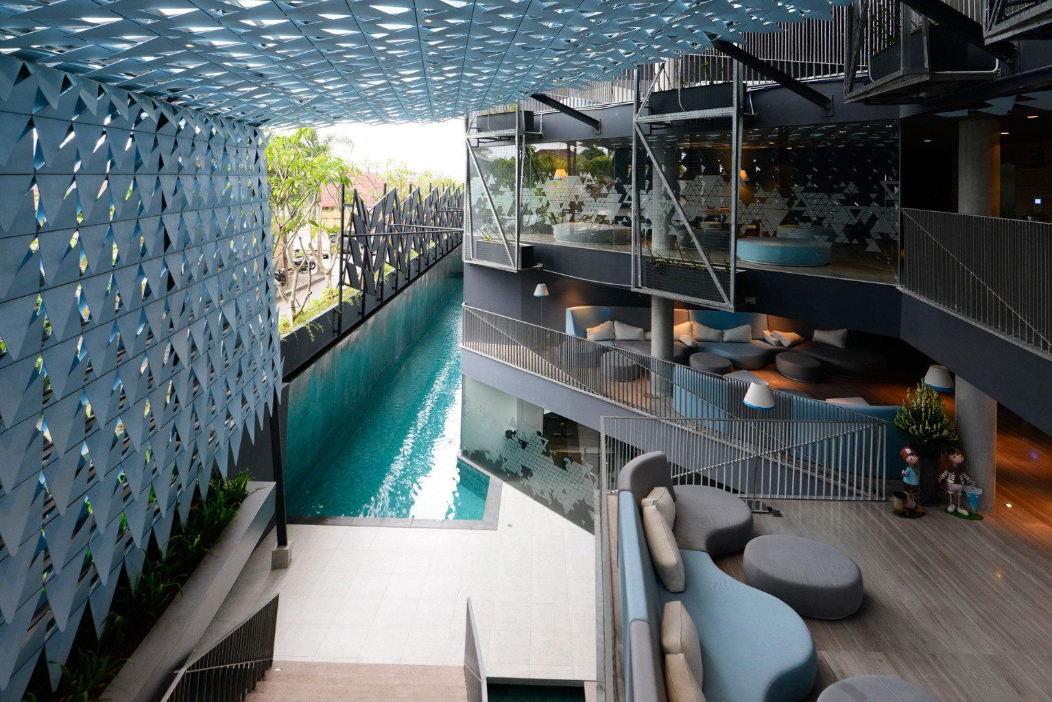 Bar Dining Drink Eat Pool Scenic views Architecture condominium swimming pool