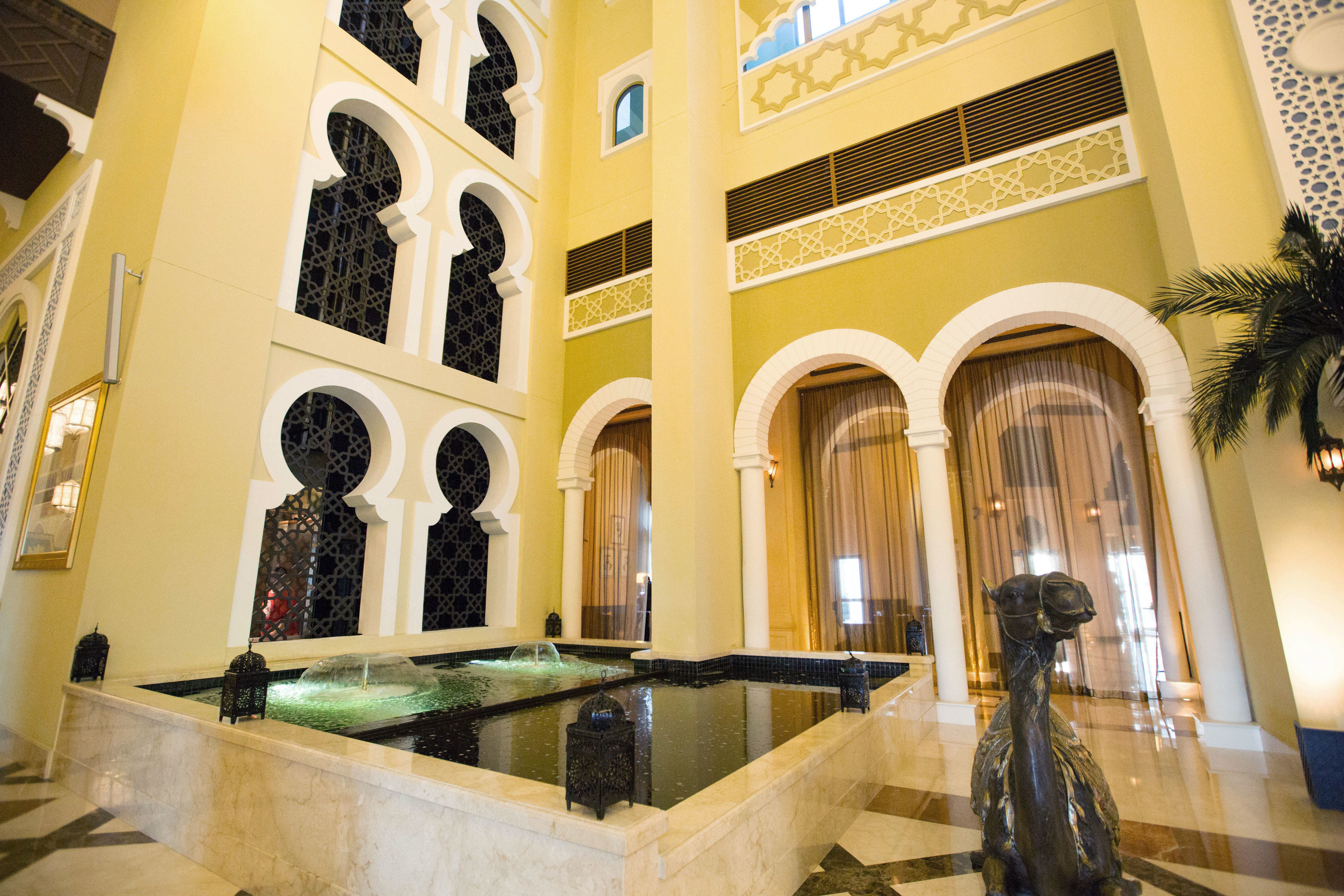 property building Architecture palace Lobby Courtyard mansion home Villa tourist attraction Resort Bath