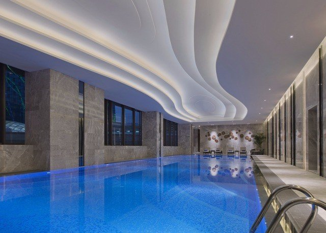 swimming pool property Architecture leisure centre lighting Pool convention center mansion blue tub Resort bathtub Bath light