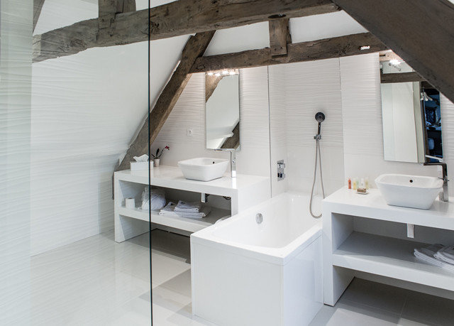property building Architecture loft cottage bathroom