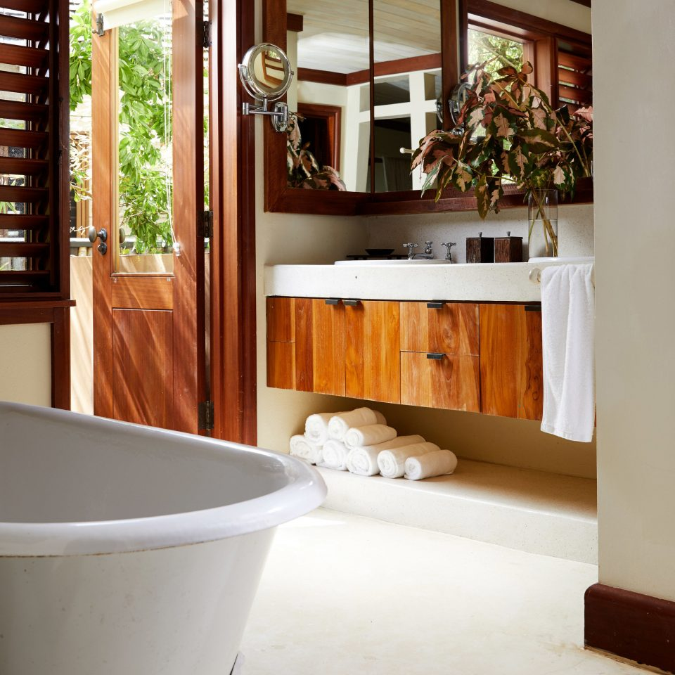 bathroom Architecture home house flooring hardwood plumbing fixture tub