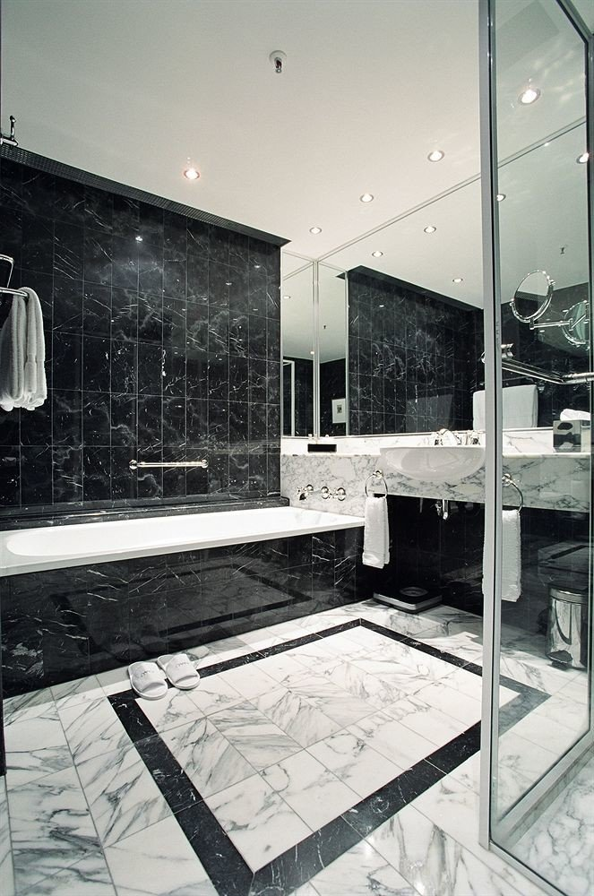 white house home Architecture bathroom glass plumbing fixture