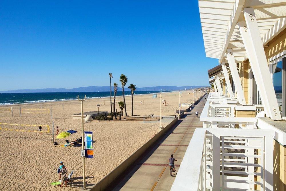 Architecture Beach Beachfront Buildings Exterior sky walkway boardwalk Sea Coast Deck shore sandy