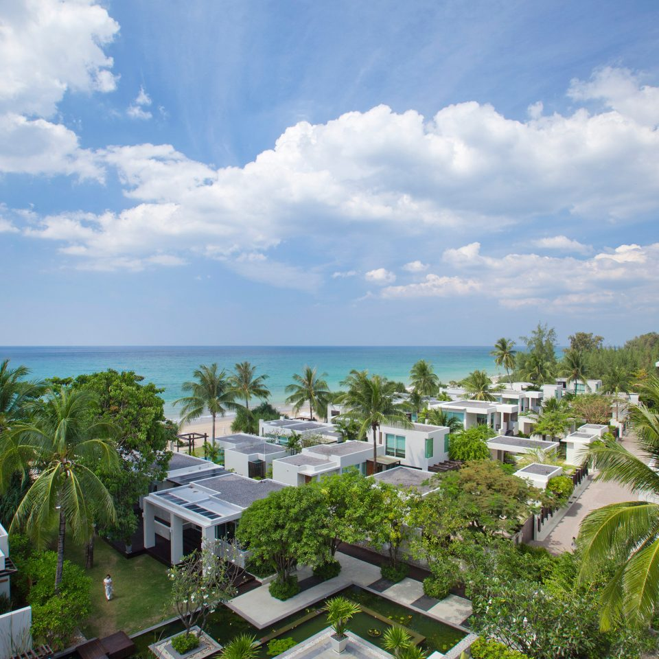 Architecture Buildings Grounds Ocean Tropical sky property Sea caribbean residential area Resort Coast condominium Beach arecales day