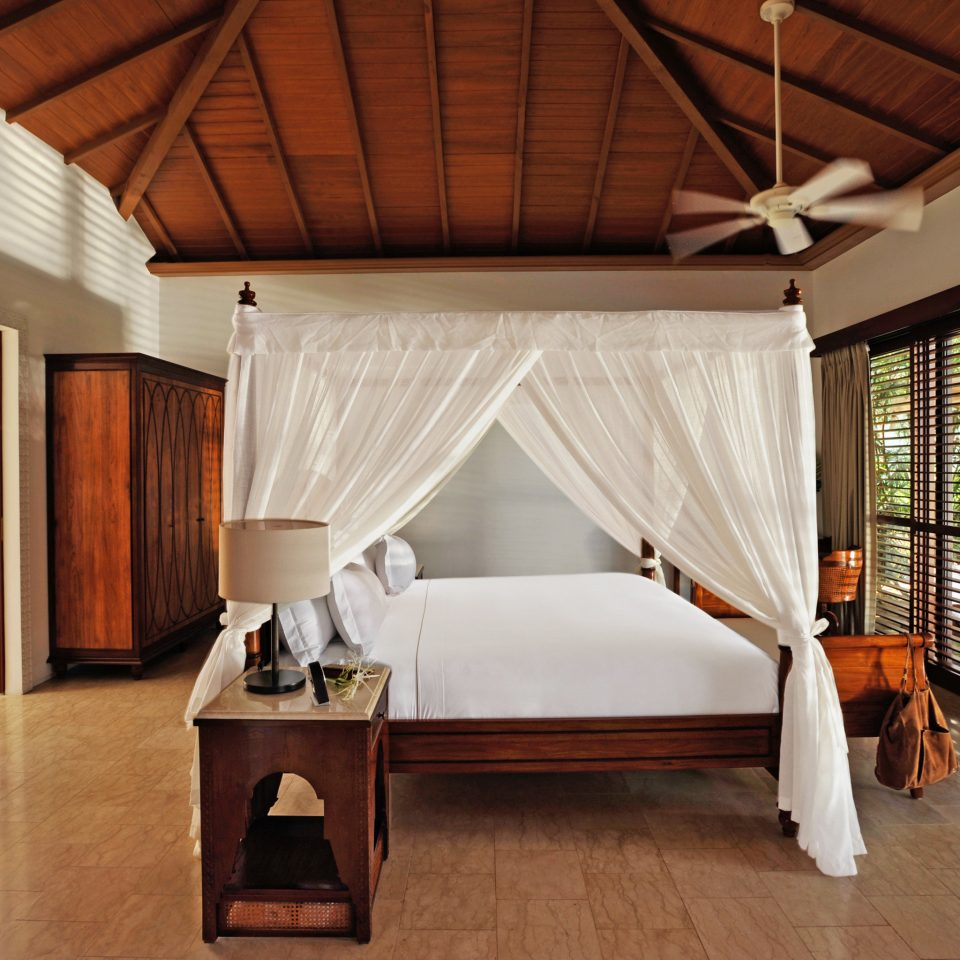 Beachfront Bedroom Family Luxury Resort property house Architecture cottage home Villa farmhouse living room