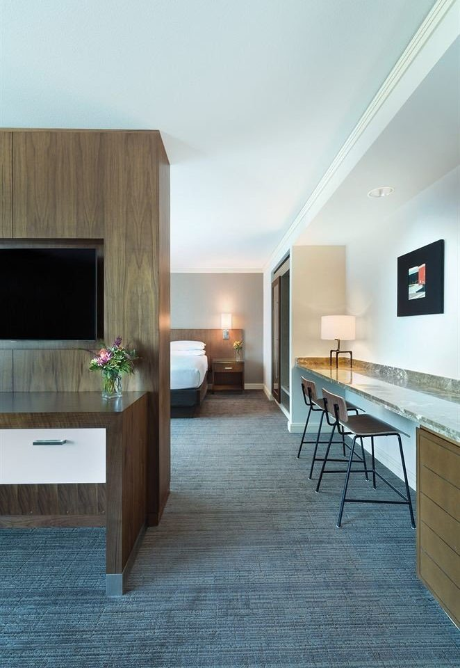 Bedroom Classic Resort property house hardwood living room Architecture home flooring wood flooring professional laminate flooring