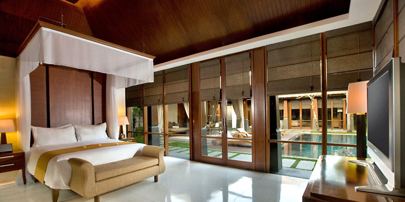 Bedroom Elegant Luxury Suite property living room house home Architecture condominium Lobby mansion Resort Villa professional