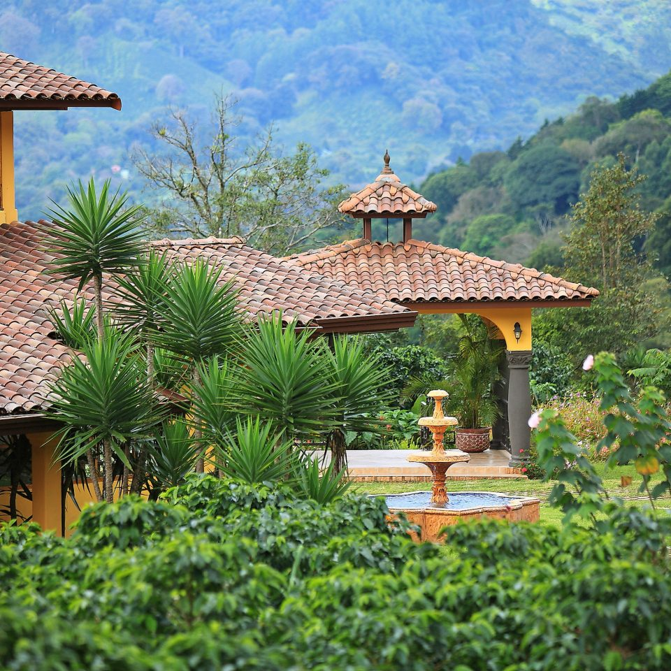 Architecture Boutique Buildings Exterior Grounds Scenic views tree mountain building property Resort Garden cottage roof Villa Village house surrounded