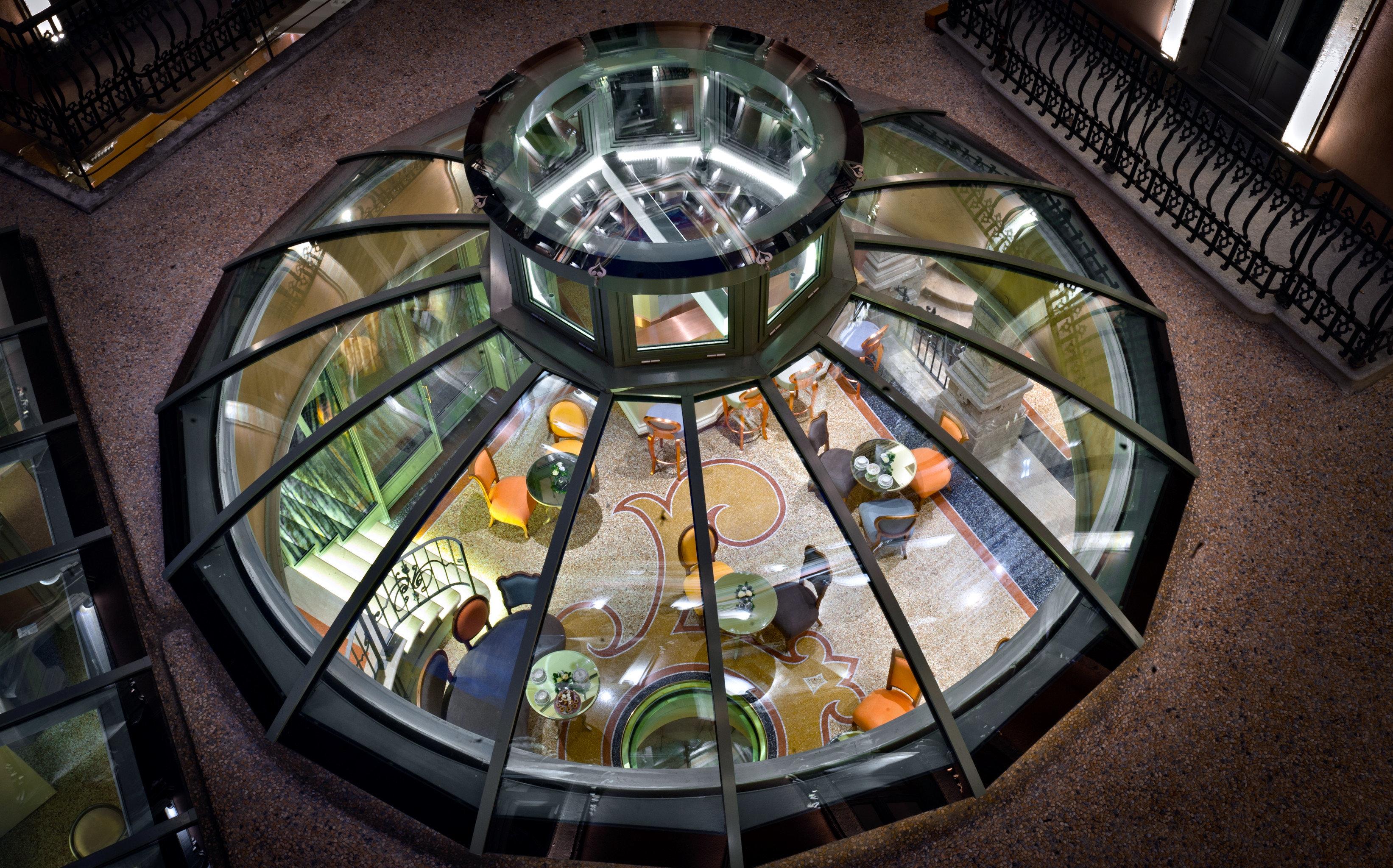 Architecture Boutique City Hip glass games screenshot