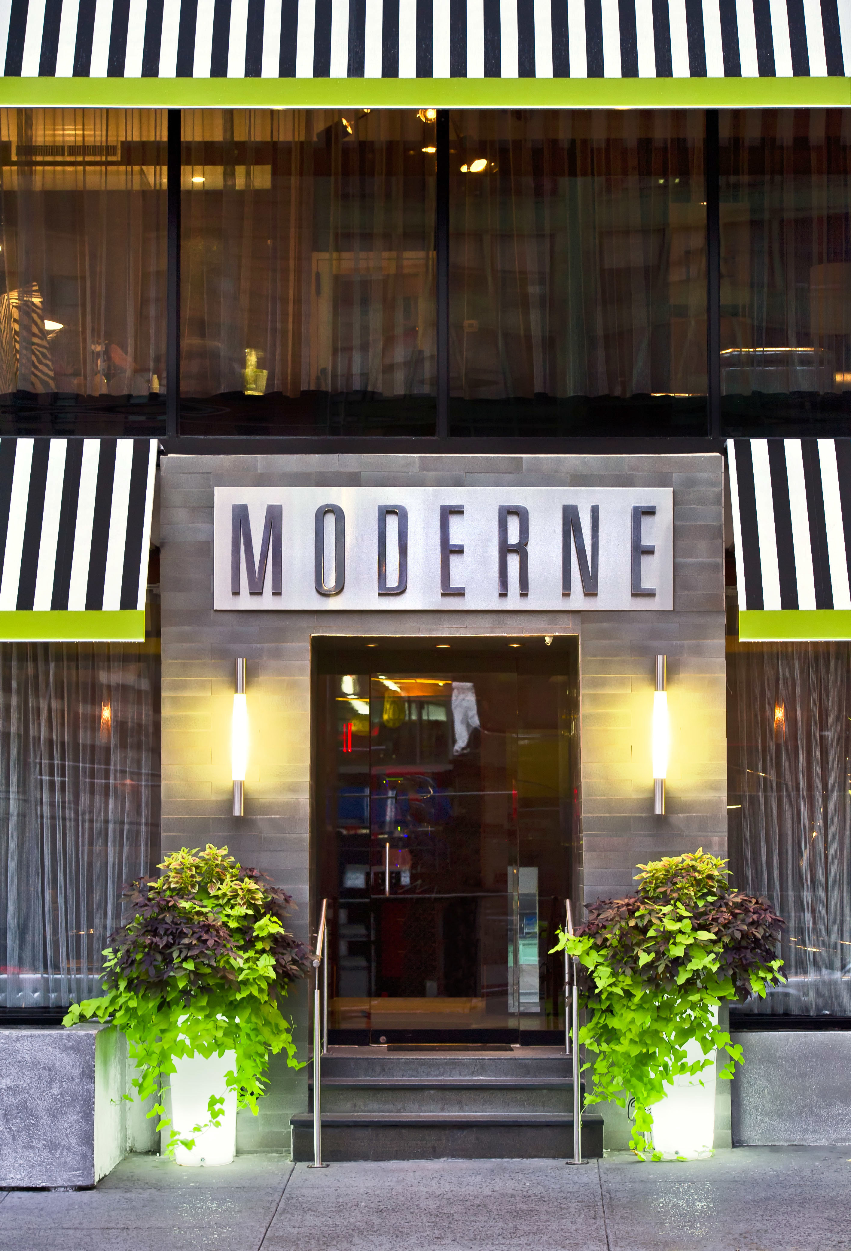 Boutique Exterior Hip Modern building road restaurant Architecture Downtown street lighting