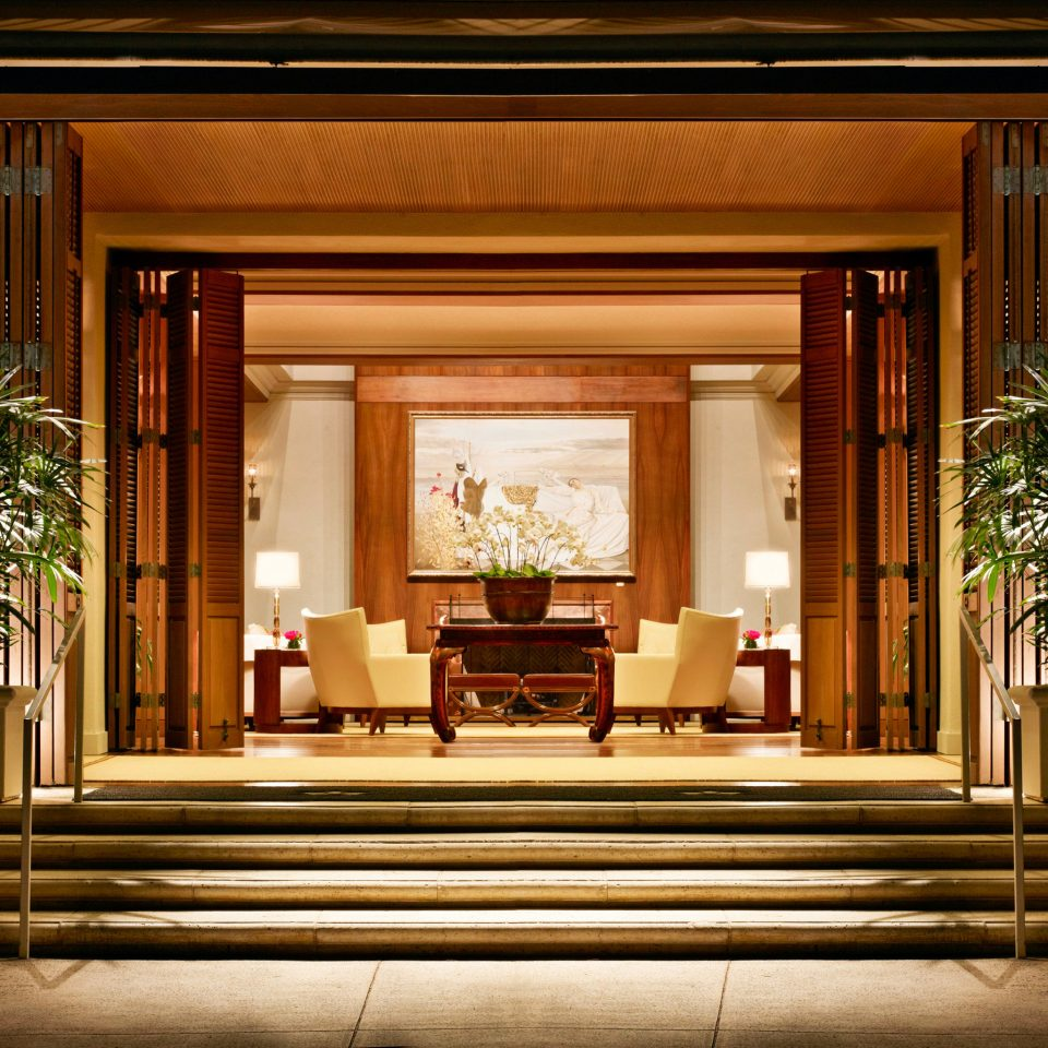 Boutique Hotels Hawaii Honolulu Hotels Lounge Luxury Resort Lobby home Architecture lighting living room hall mansion