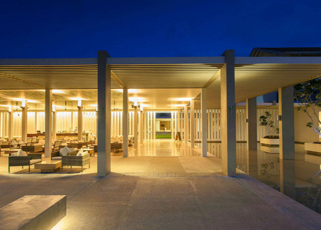 sky building Architecture house home lighting headquarters empty colonnade