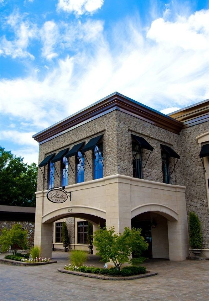 sky house Architecture landmark building home residential area stone mansion