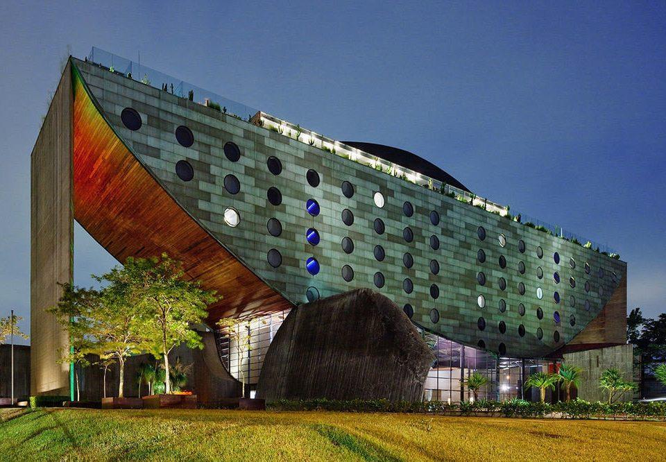 sky landmark building Architecture