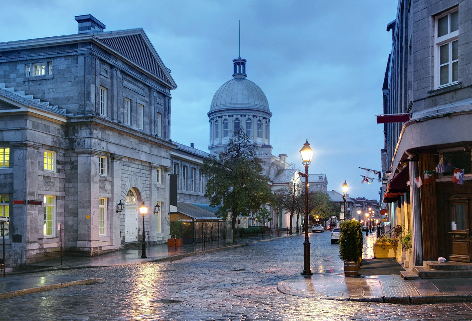 Architecture Buildings City Historic Landmarks Town building road cityscape landmark street neighbourhood Downtown evening waterway infrastructure town square rainy