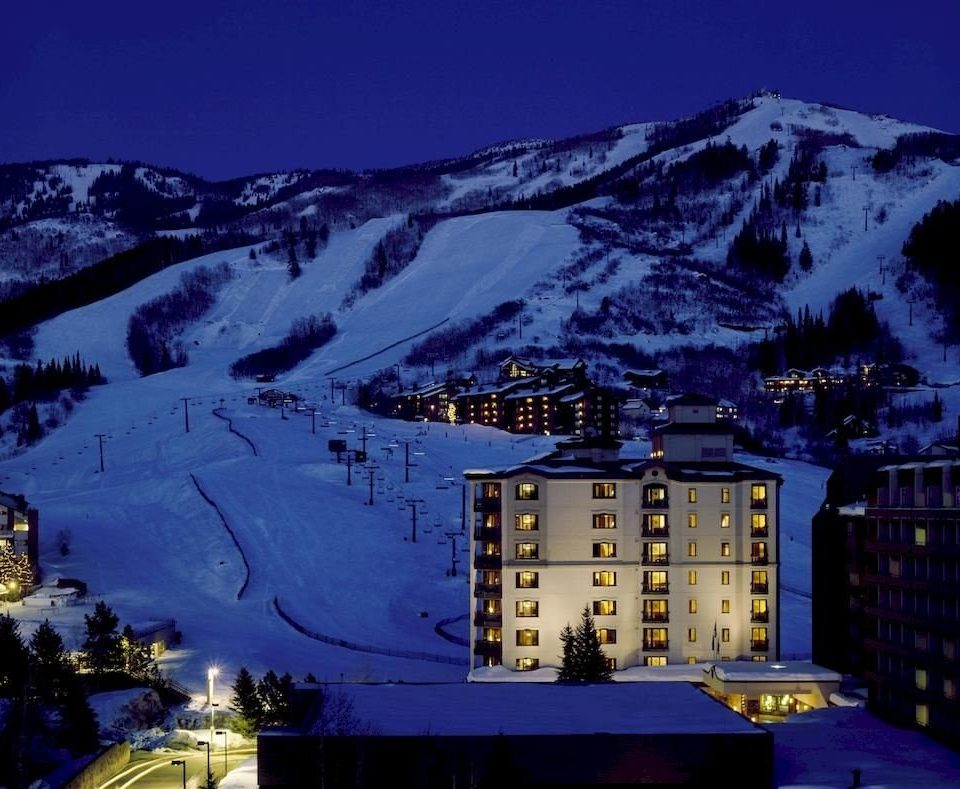 Architecture Buildings Classic Exterior Lodge Mountains Resort Scenic views Ski snow sky mountain night mountain range Nature evening screenshot slope distance