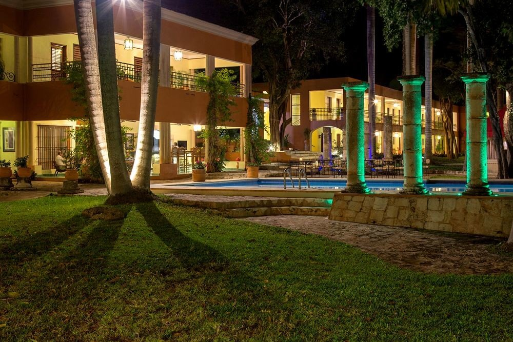 Architecture Buildings Cultural Exterior grass tree night neighbourhood lighting plaza landscape lighting mansion lawn Courtyard