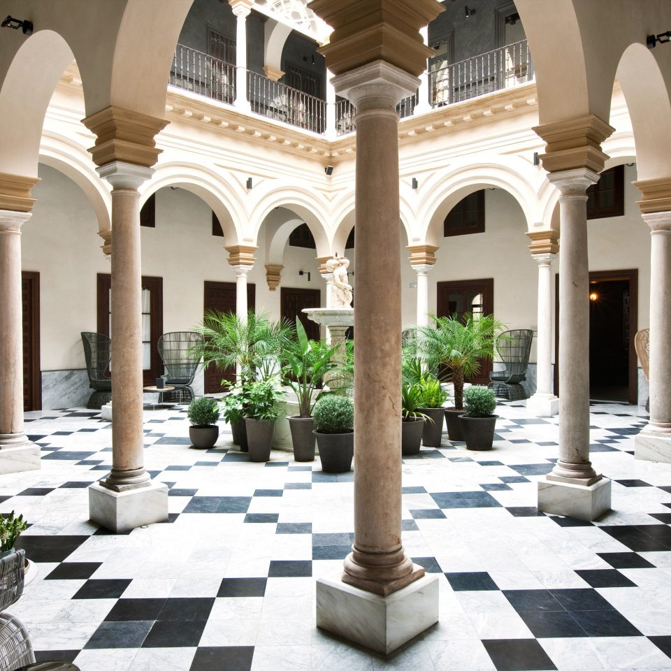 Architecture Buildings Cultural Exterior ground Courtyard building palace Lobby mansion column home plaza Villa hacienda stone colonnade