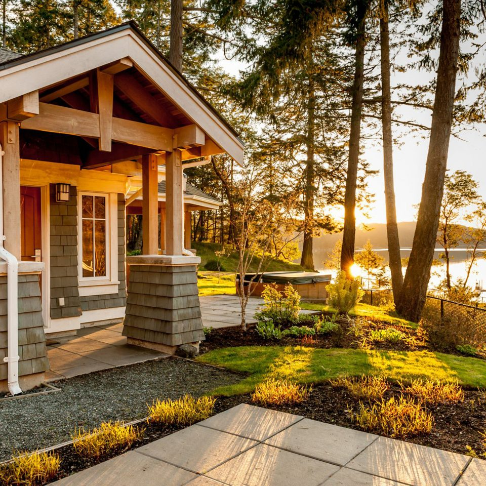 Architecture Buildings Exterior Resort Scenic views tree building house home backyard residential area log cabin cottage yard outdoor structure Courtyard porch