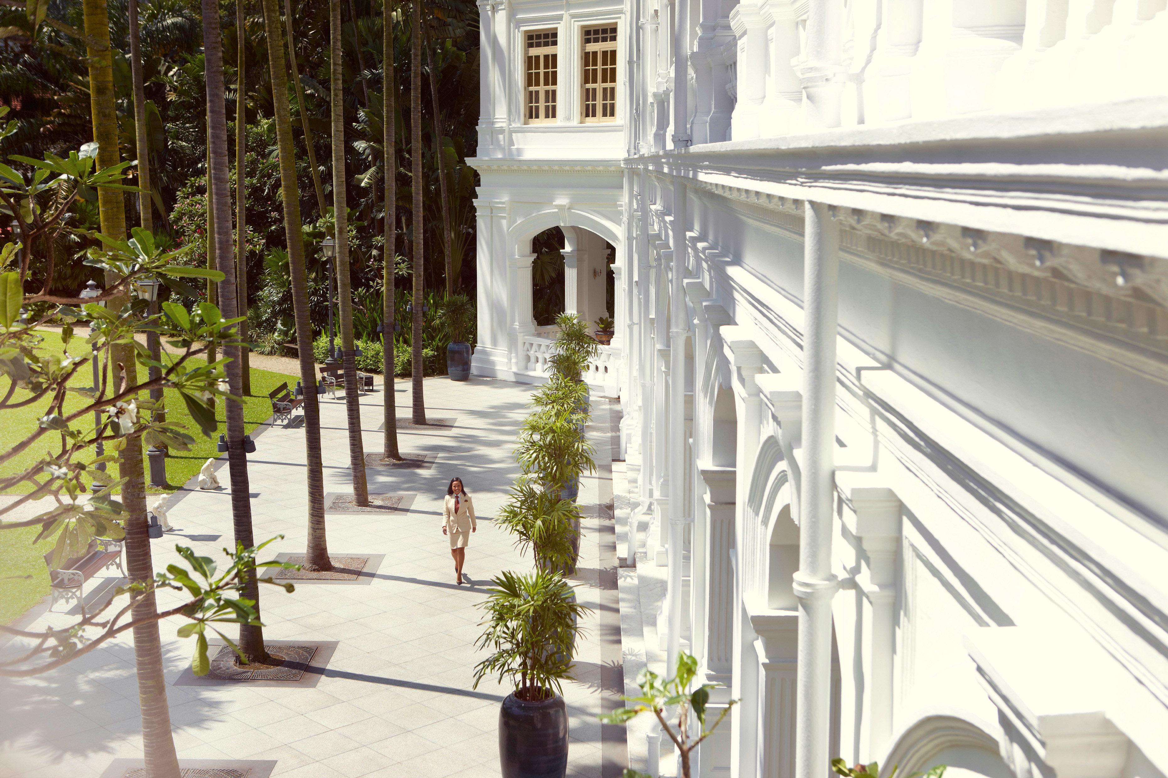 Architecture Buildings Exterior Historic Hotels property building house home Courtyard mansion condominium plant handrail porch