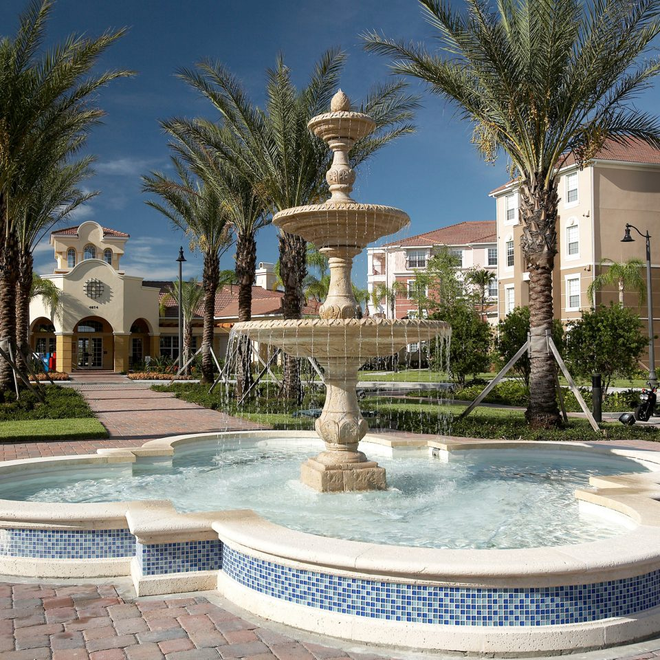 Architecture Buildings Exterior tree ground swimming pool property plaza condominium Garden park reflecting pool Resort water feature town square fountain Courtyard mansion palace Villa stone square colonnade