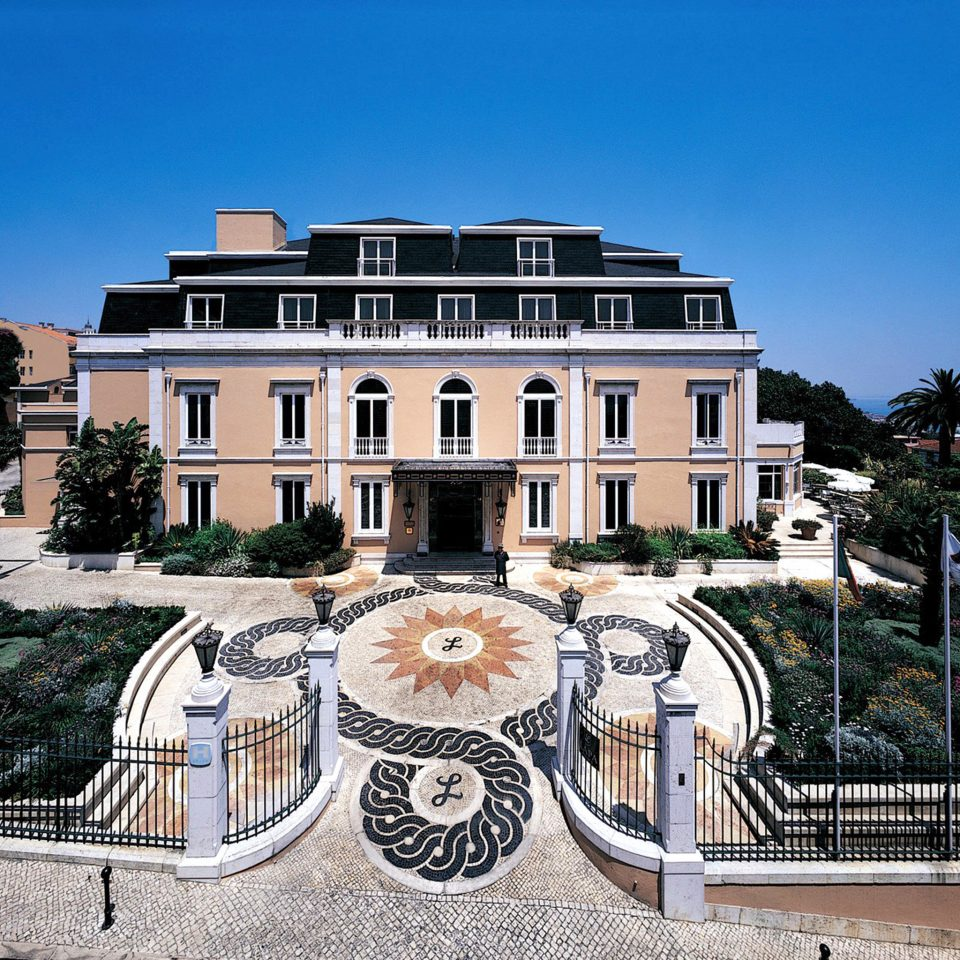 Architecture Buildings Exterior Historic landmark building plaza palace town square Downtown mansion