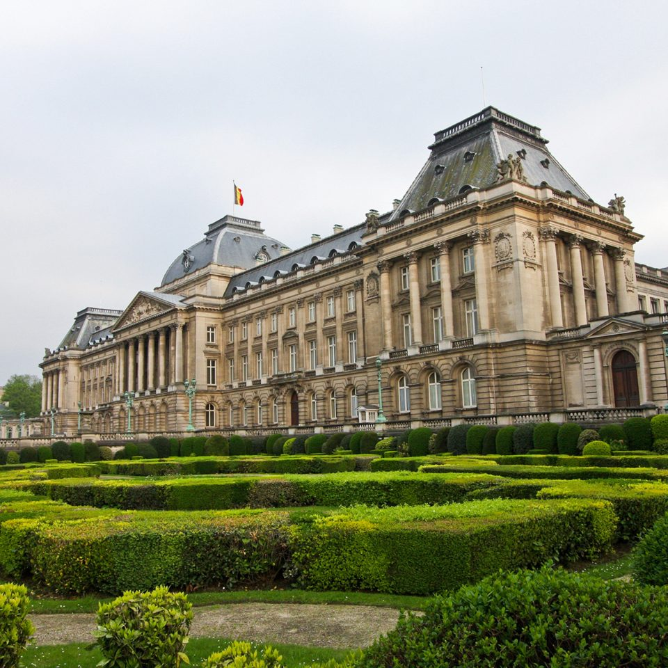 Architecture Buildings Exterior Garden Grounds Landmarks grass sky stately home tower historic site landmark château palace building stone old mansion ancient history monastery manor house fortification government building structure