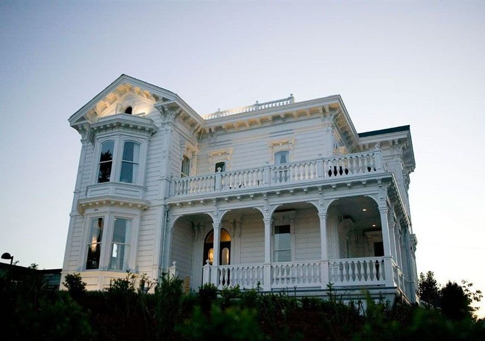 Architecture Buildings Exterior Historic sky building landmark house classical architecture palace mansion