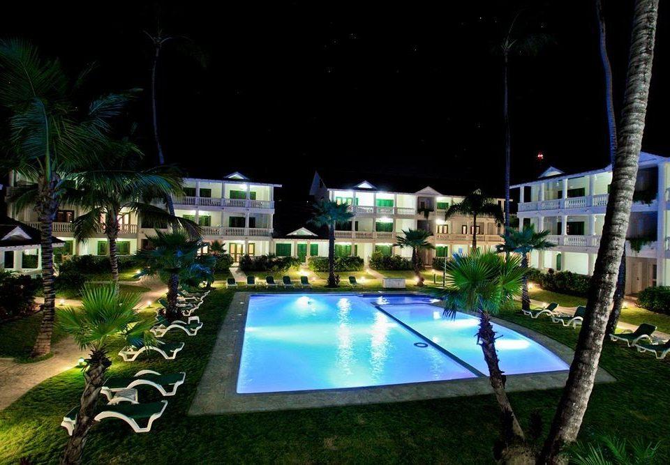 Architecture Buildings Exterior Lounge Luxury Modern Pool tree swimming pool leisure property Resort condominium landscape lighting mansion Villa night