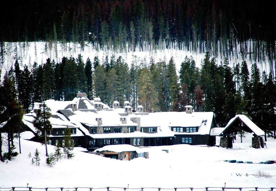 Architecture Buildings Exterior Mountains Nature Outdoors Ranch Resort tree snow Winter weather season ski equipment vehicle Ski