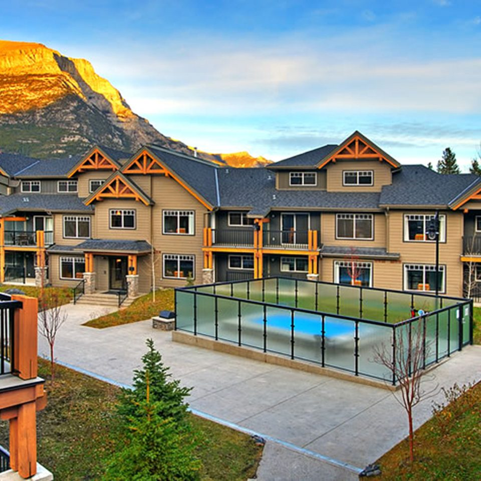 Architecture Buildings Exterior Mountains Pool Resort sky house property home building residential area mountain cottage Villa