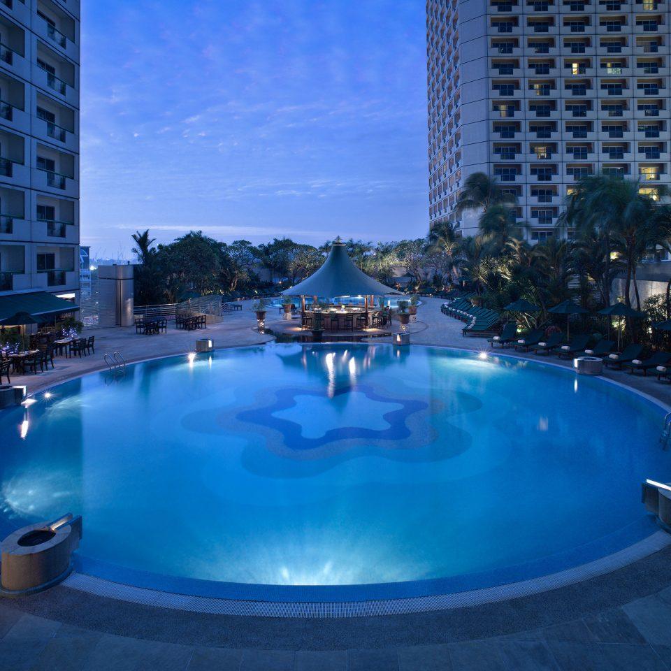 Architecture Buildings Exterior Pool swimming pool leisure Resort blue condominium water feature swimming