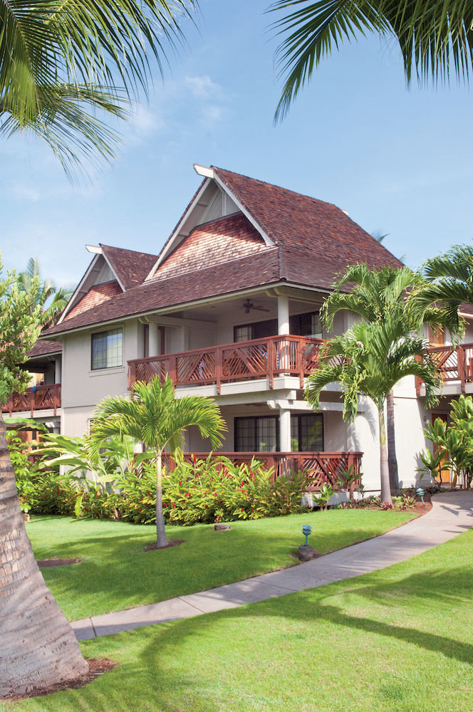 Architecture Buildings Exterior Resort grass tree sky house property home residential area plant palm walkway mansion Villa arecales condominium lawn cottage Village residential