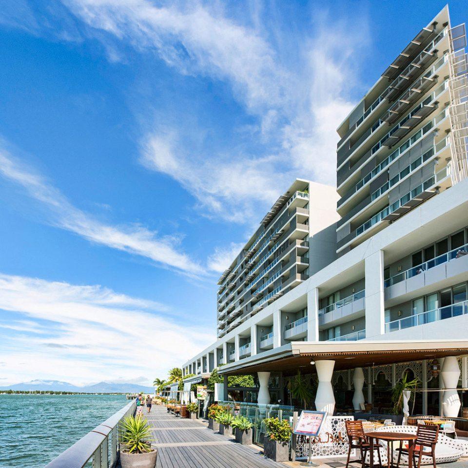Pullman reef hotel casino cairns australia jetsetter - Accor australia head office ...