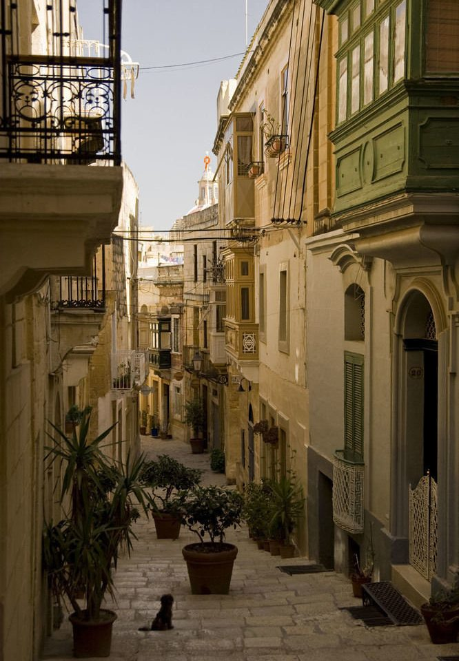 road Town neighbourhood street house Architecture City alley Courtyard lighting infrastructure Downtown way day
