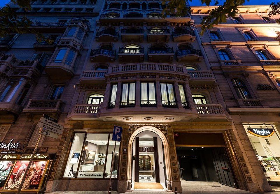 metropolis landmark City building night Architecture Downtown cityscape evening travel