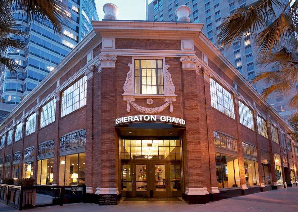 City Exterior Family building landmark Architecture Downtown plaza brick shopping mall