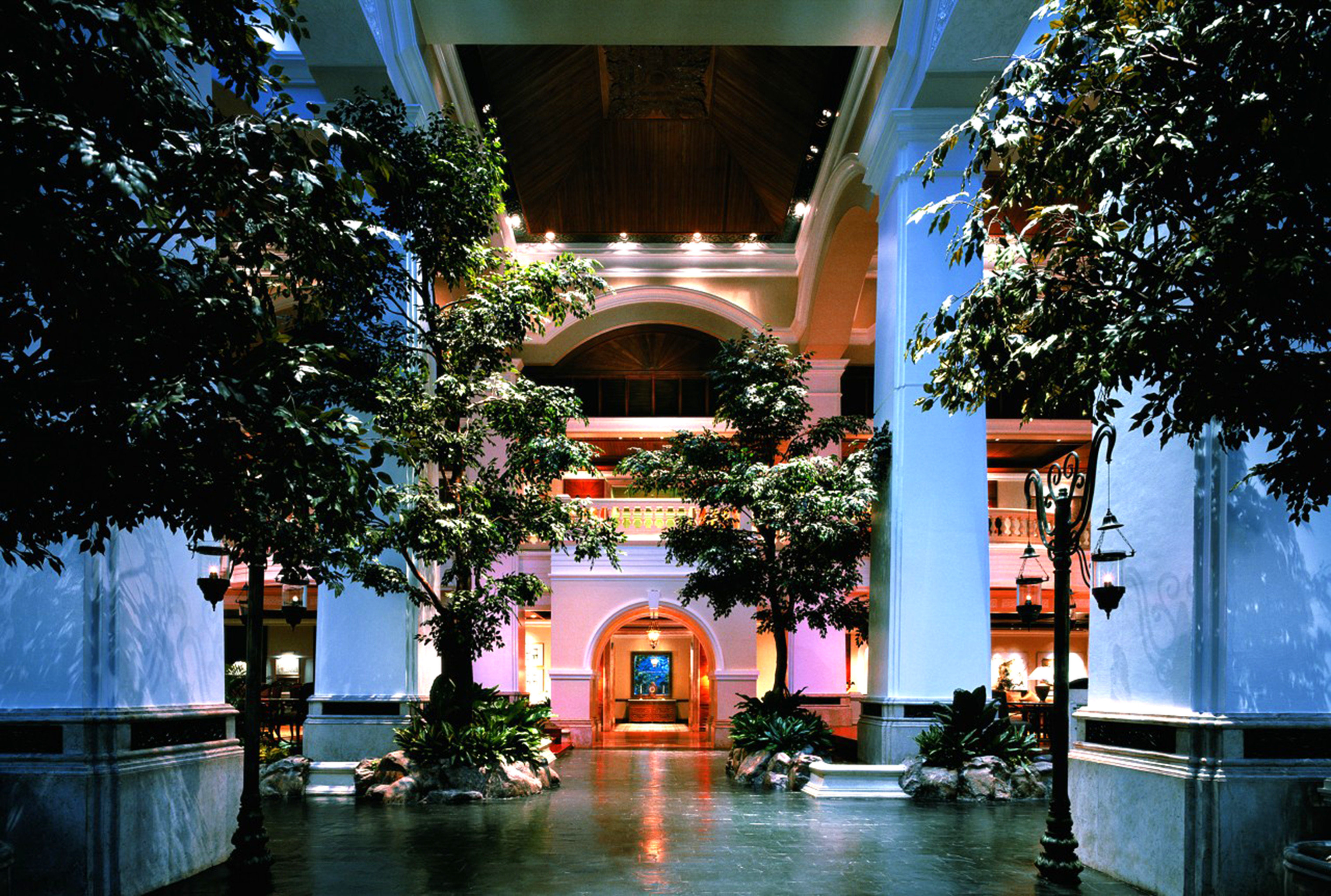 City Lobby tree Town night Architecture house Resort Downtown cityscape travel