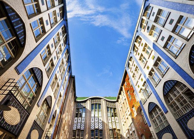 building metropolis blue City landmark neighbourhood road skyscraper Town Architecture street Downtown cityscape apartment building tiled