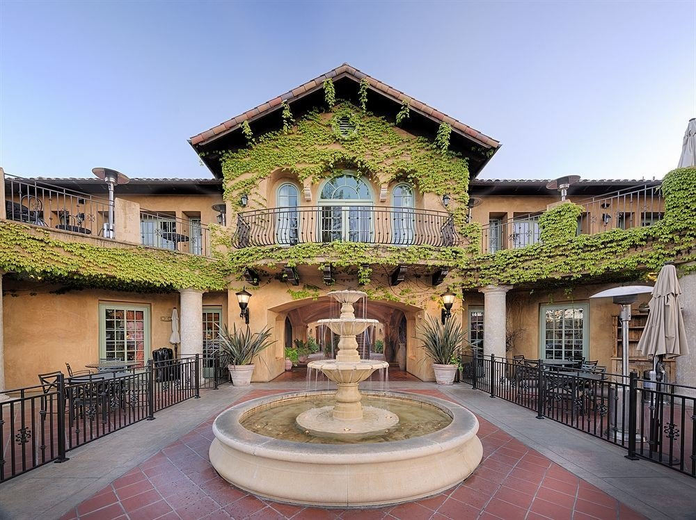 Classic Courtyard Exterior Honeymoon Romance Romantic Rustic sky building property mansion house palace Architecture home Villa hacienda stone old walkway