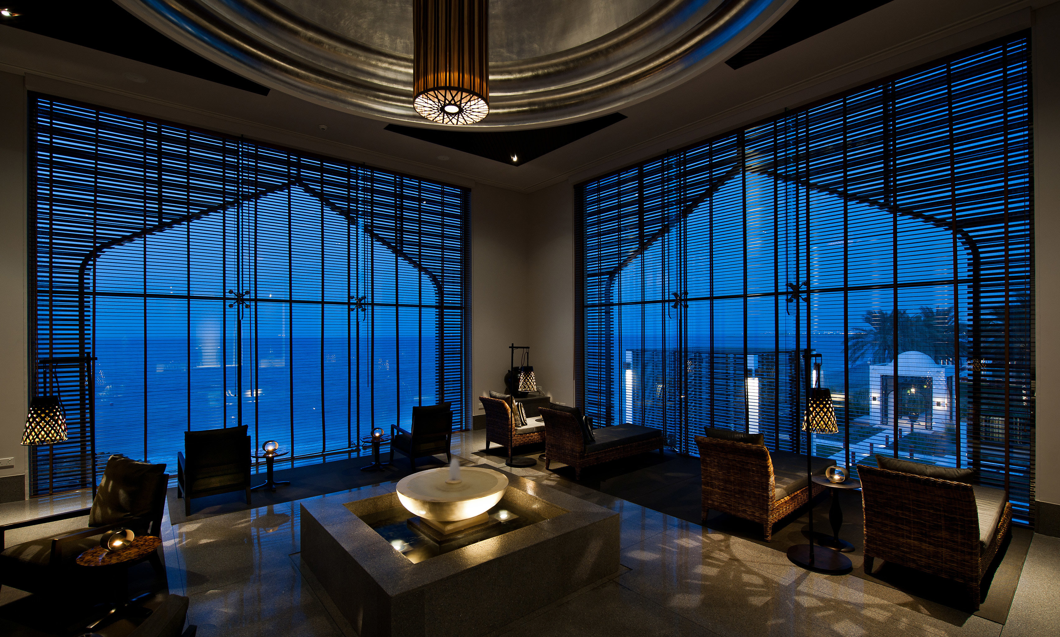 Classic Lounge Nightlife Resort Lobby building light Architecture lighting living room tourist attraction glass mansion theatre
