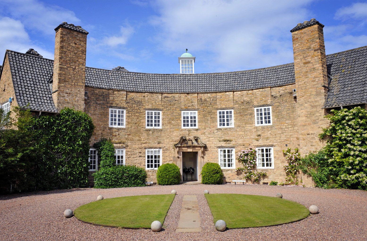 Country Exterior Golf Historic grass building stately home château property stone Architecture castle old manor house mansion lawn palace