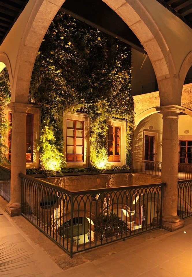 Courtyard building night Architecture arch lighting restaurant walkway stone colonnade