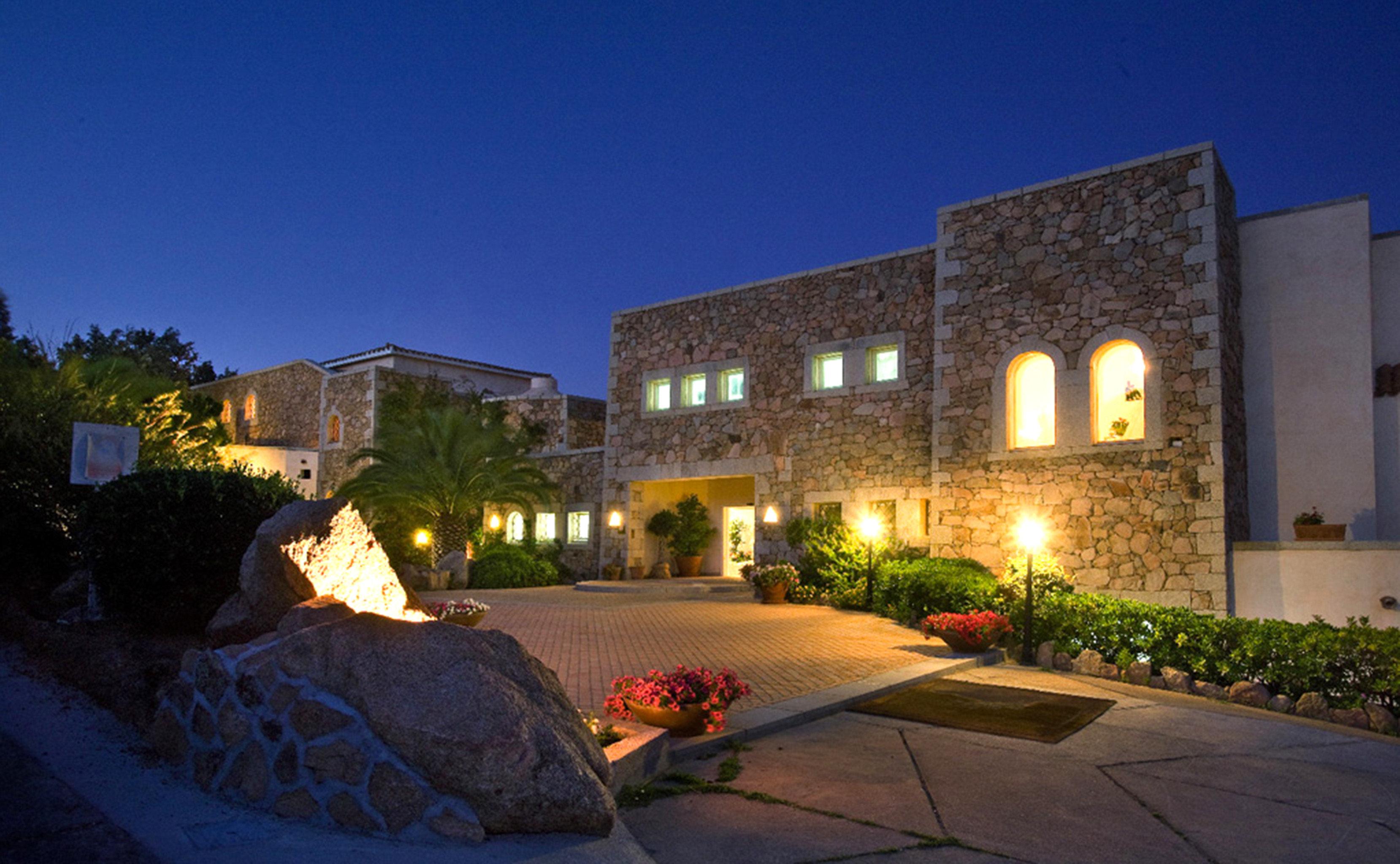 Elegant Exterior Luxury Romantic sky property house building Architecture home Resort Courtyard