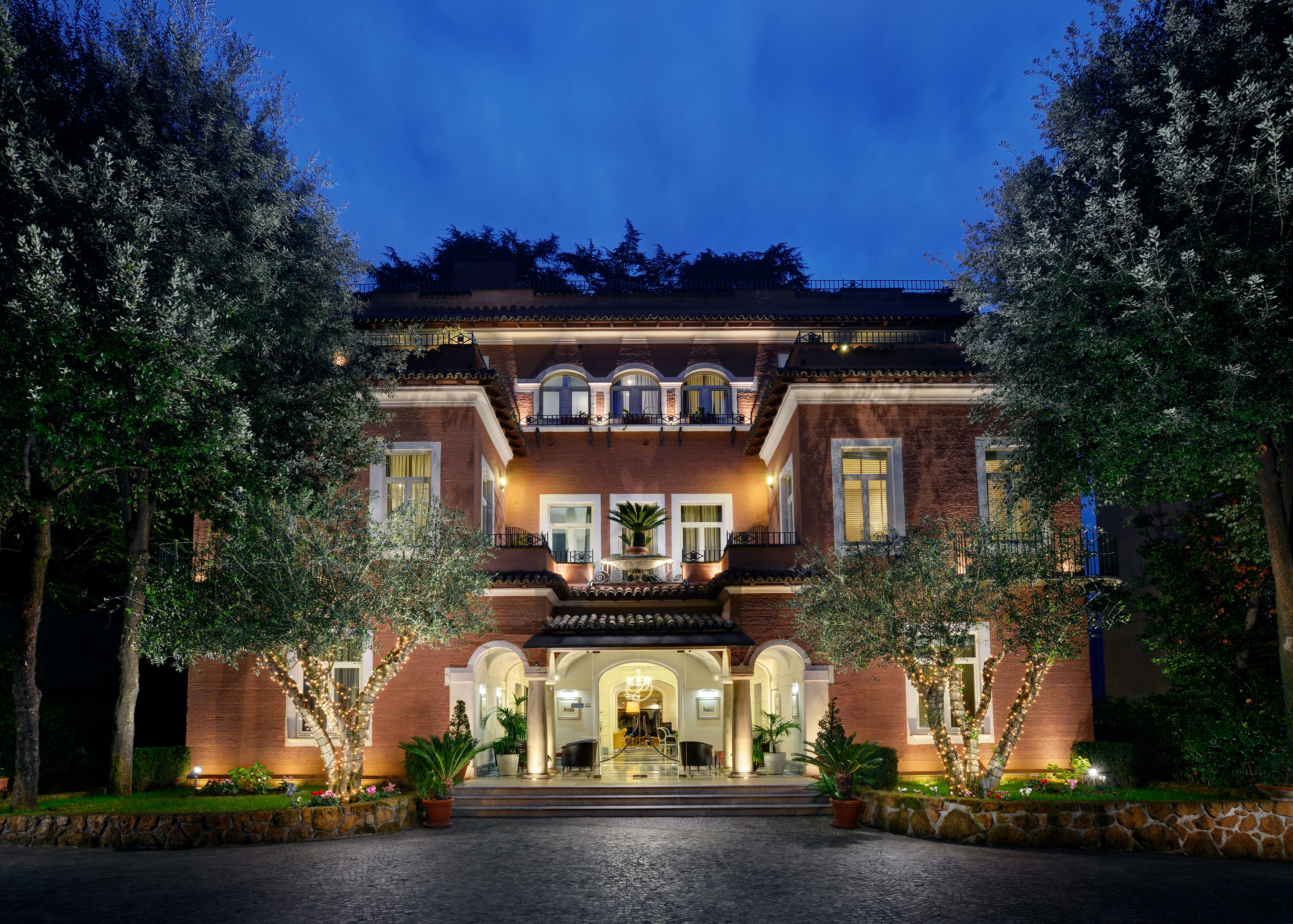 Exterior tree house home mansion building Architecture residential area landscape lighting Courtyard Villa Garden palace
